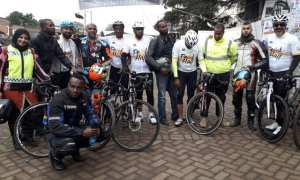 Kenyan Muslims pedal to hajj for charity