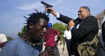 Photojournalist shot outside Haitian senate
