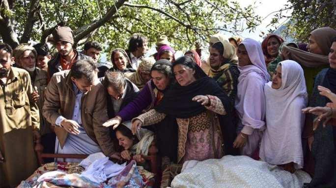 India, Pakistan trade barbs over deadly Kashmir clash