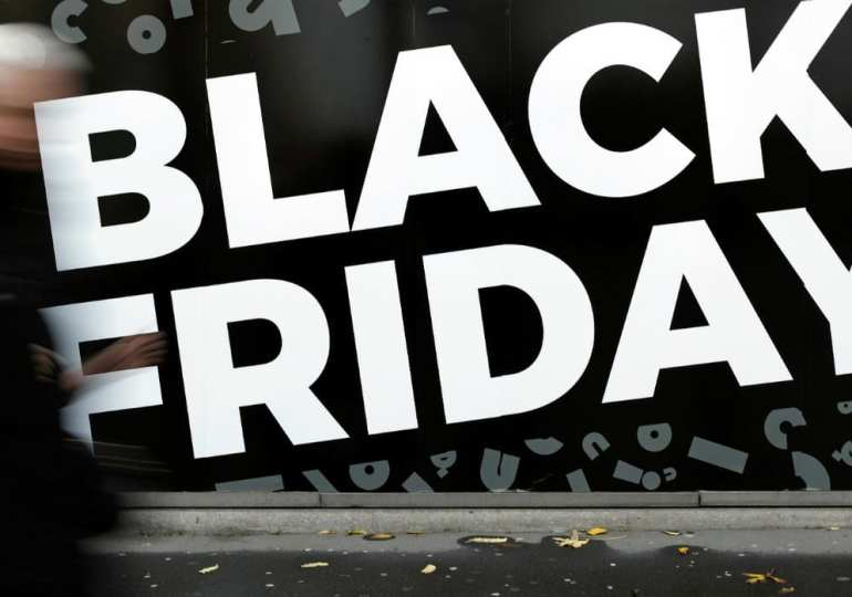 france trying to ban Black Friday