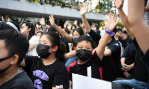 Hong Kong court rules ban on masks unconstitutional