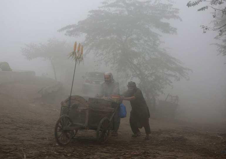 Smog causes closure of eastern schools in Pakistan