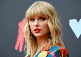 Taylor Swift banned from singing her hit songs at awards amid music feud