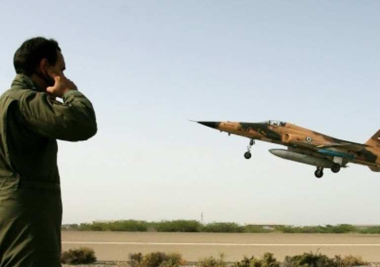 iran fighter jet crash