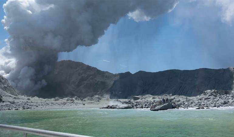 New Zealand troops complete daring volcano mission to retrieve bodies