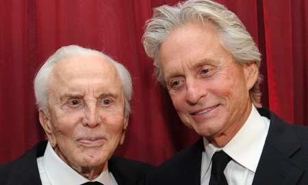 kirk douglas leaves fortune to charity