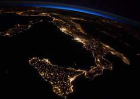 At 9pm Italian time - all of Italy switched off the lights - This was the result!