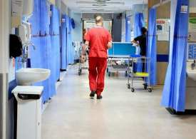 20,000 ex-NHS staff return to the frontline