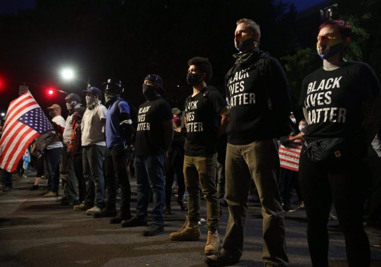 A weekend of protests in the US, 1 dead as violence erupts after Trump deploys more federal officers
