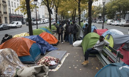 40% of homeless in greater Paris test positive for Covid