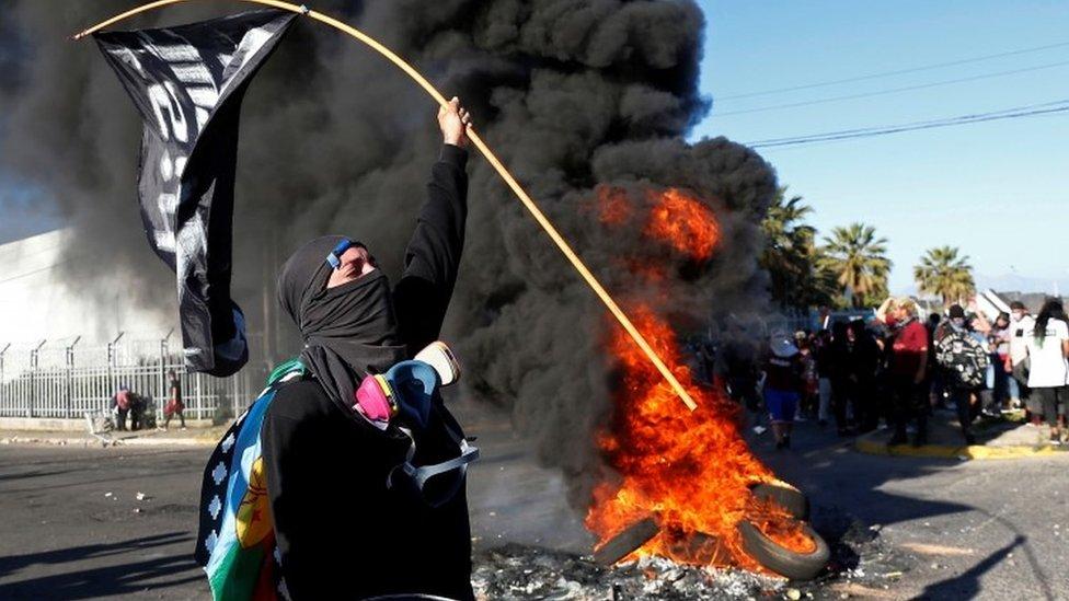 Chile protests turn violent