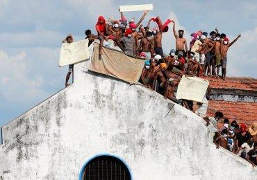 Monday's News Briefing VIDEO: Sri Lanka prison riots - Trump blacklists 2 Chinese firms - Maradona death investigated