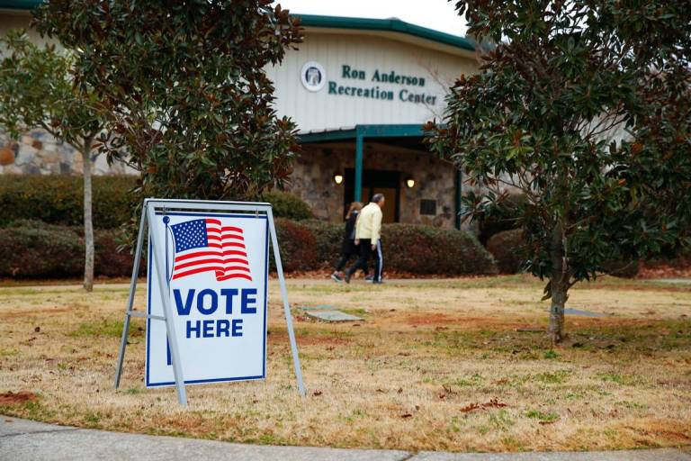 Outcomes Uncertain in Key US Senate Runoff Elections in Georgia