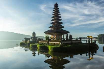 Bucket List Travel: Our Top 20 Places In The World - Bali - Indonesia - beach holiday in the sun