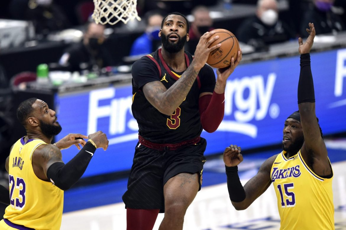 Should the Lakers pursue NBA centre Andre Drummond more aggressively after LeBron's injury?