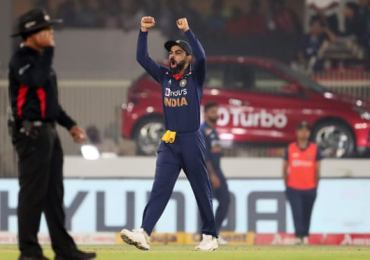 India outclasses England in T20I series decider