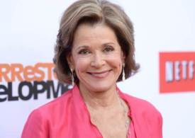 Remembering Jessica Walter, star dies aged 80