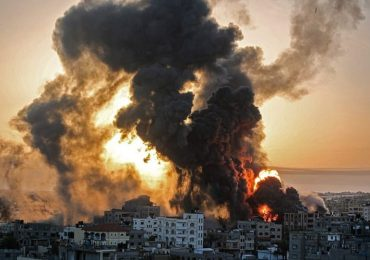 "Israel-Gaza: UN fears ""full-scale war"" as violence escalates"