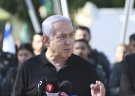 Israel-Gaza: Netanyahu 'not standing with stopwatch'