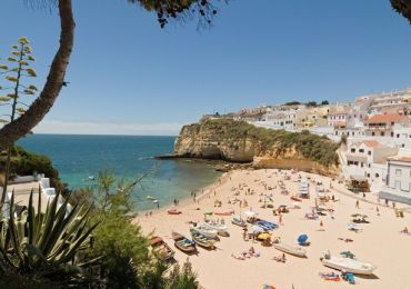 Travel - Portugal confirms UK tourists WILL be allowed to travel