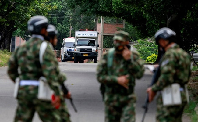 Dozens wounded as car bomb hits Colombia military base