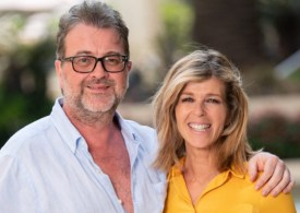 """After Covid-19 battle, Kate Garraway believes her husband Derek has """"huge challenges"""": 'We're not out of the woods '"""