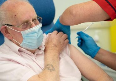 Fully vaccinated people in US told to wear masks again - Freedom 21