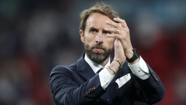 Gareth Southgate to be knighted for 'putting a smile on all our faces'