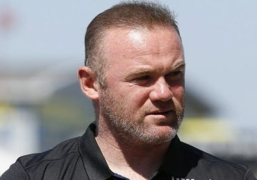 Wayne Rooney apologises to family and Derby over online images