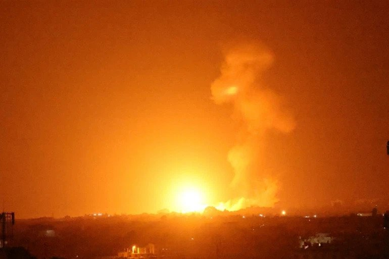 Israel bombs Hamas sites in Gaza over fire balloons: military