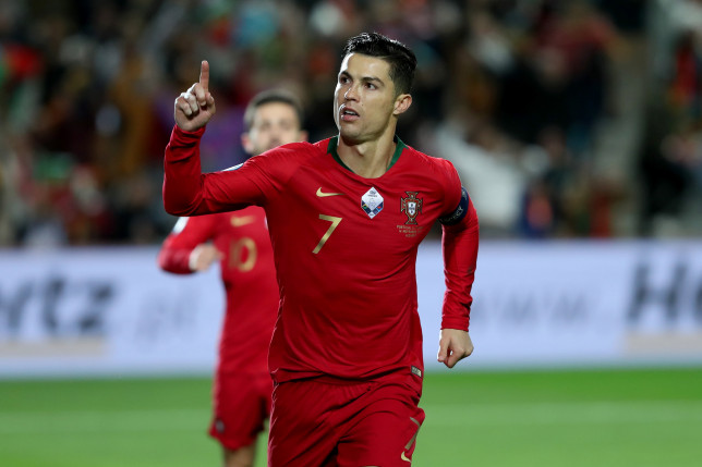 Cristiano Ronaldo's Man Utd shirt number details emerge as star completes medical