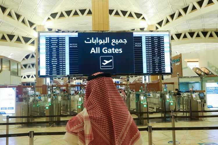 Saudi Arabia ends ban on entry from 20 countries