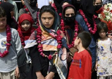 Afghan female youth soccer players reach Pakistan, will seek asylum in third countries