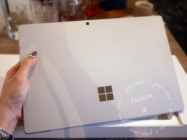 【3C開箱】熱呼呼~微軟 Microsoft SURFACE PRO 4 (SP4)實機開箱~簡單開箱無實測