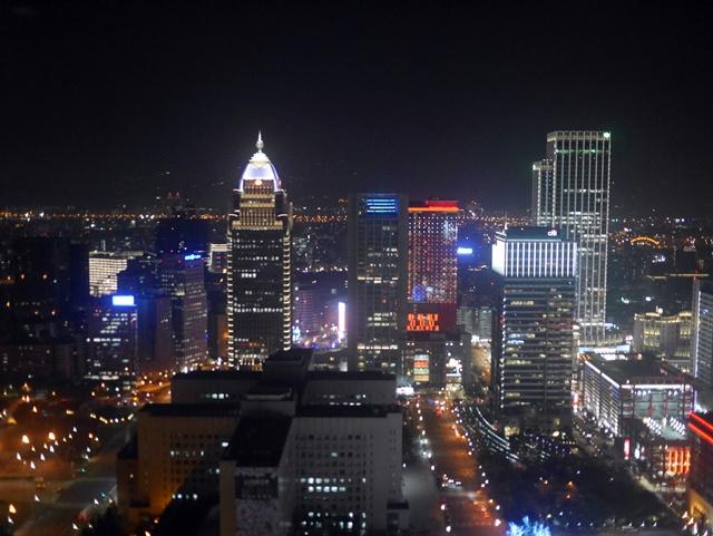 台北101,35樓星巴克~享受眺望台北街頭夜景的小確幸~