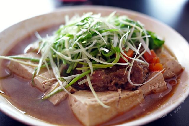 江豪記,臭豆腐讓人一吃就愛上【高雄美食】