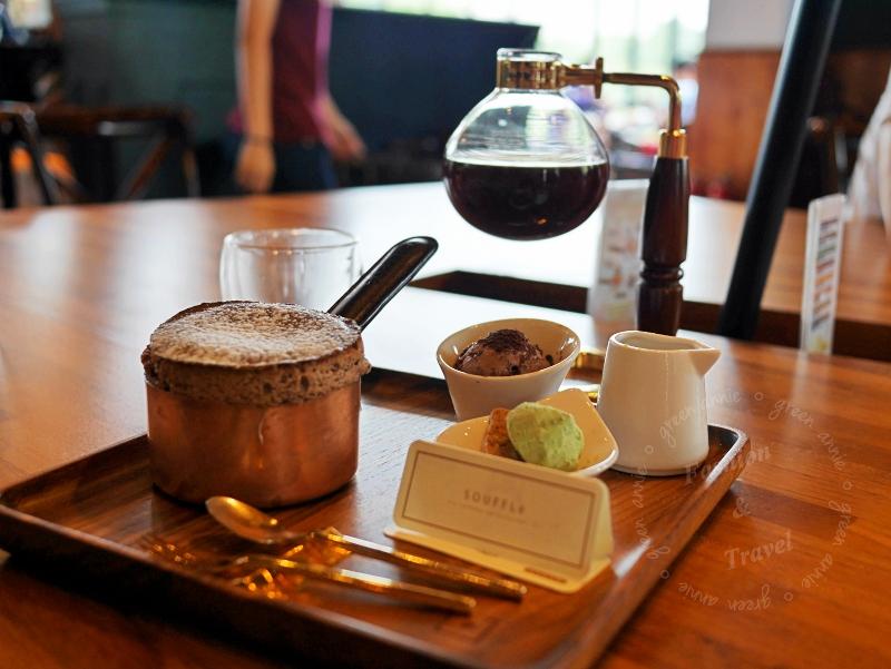 台中咖啡廳卡啡那,有插座有WIFI不限時~舒芙蕾超美味必吃,精品咖啡也必喝