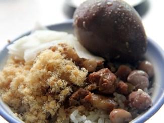 台南國華街必吃永樂米糕(米糕。四神湯)~Q彈糯米配上香噴噴魯肉 @吳大妮