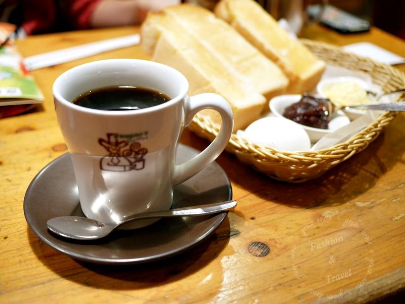 名古屋必吃早餐,コメダ(Komeda's Coffee)珈琲店,早餐時間任點飲品送吐司