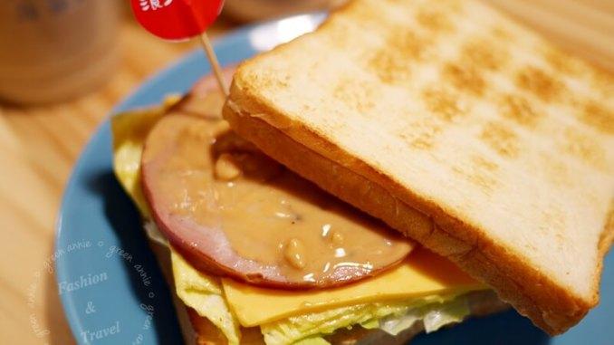 海石三 三明治 手做火腿 大安區大安路一段157巷3-1號