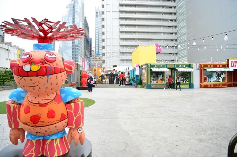 台中UNO貨櫃市集-Lucas機器人大軍