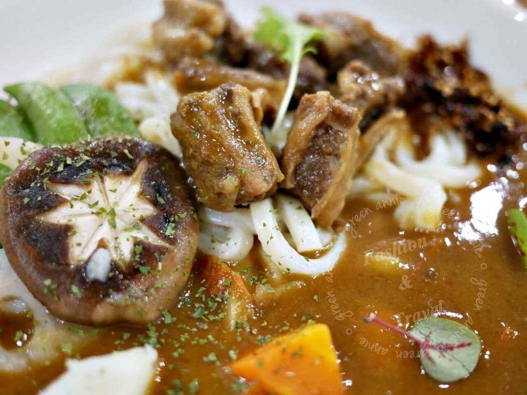 台中勤美誠品商圈- Offer curries 咖哩厚 台灣茶咖哩
