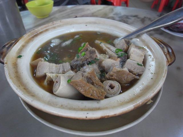 【吉隆坡】遊客必訪新峰肉骨茶~座無虛席 @吳大妮。Annie
