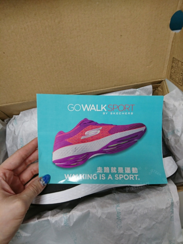 【球鞋】第一次購入STECHERS GOWALK SPORT~鞋底軟Q好穿 @吳大妮。Annie