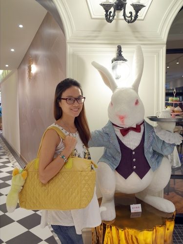 Epachi ,輕巧又時尚,不止是媽媽包,更是出遊包包好選擇 @吳大妮。Annie
