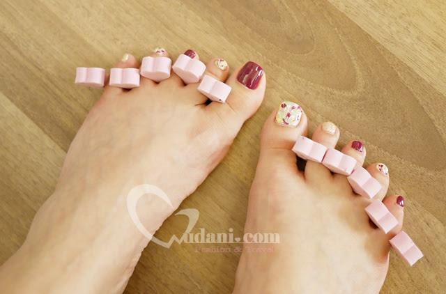 大安路潔月兒美甲,夏天是穿涼鞋的季節~一定要讓腳美美的 @吳大妮。Annie