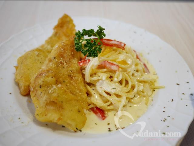 【台中早午餐】Lazy sun Cafe~台中西區SOGO旁的隱藏美食(已歇業) @吳大妮。Annie
