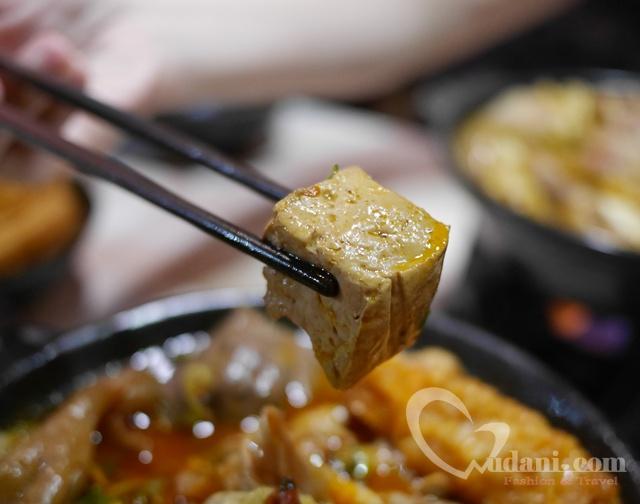 【台中美食】那個鍋-東海店~狂野泡椒鍋酸辣口感讓人一嚐就愛上 @吳大妮。Annie