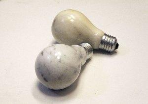 gluehbirne bulb marmor