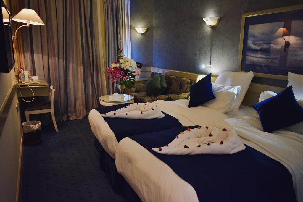 فنادق الاسكندرية 4 نجوم على البحر